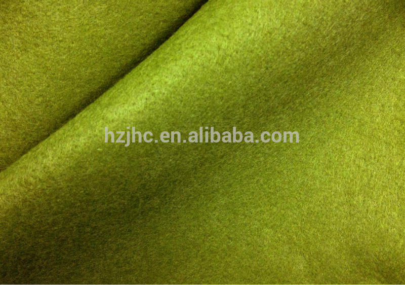 Needle punched nonwoven polyester acrylic thick felt fabric in rolls