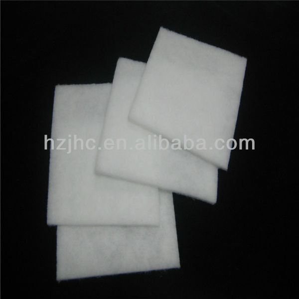 Nonwoven thermal bonded cotton polyester padded filling fabric for blanket