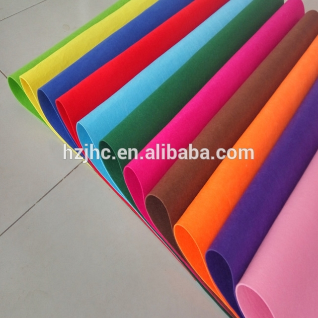 Self adhesive colors polyester needle felt nonwoven fabric for sticker