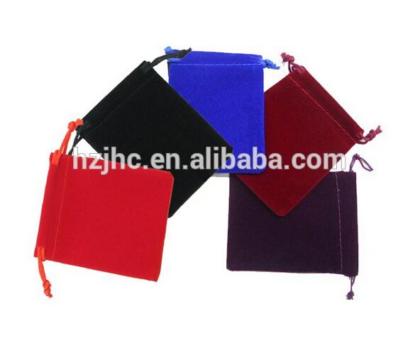 Shtypur gjilpërë nonwoven vogël ndjerë çanta drawstring materiale të papërpunuara