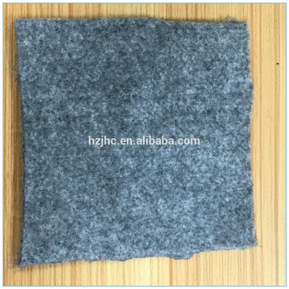 Aiguille tapis antidérapant perforé rouleau de tissu non tissé pour tapis