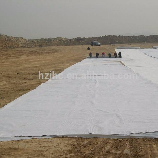 Thermally bonded geotextile for soil retainer/landfill