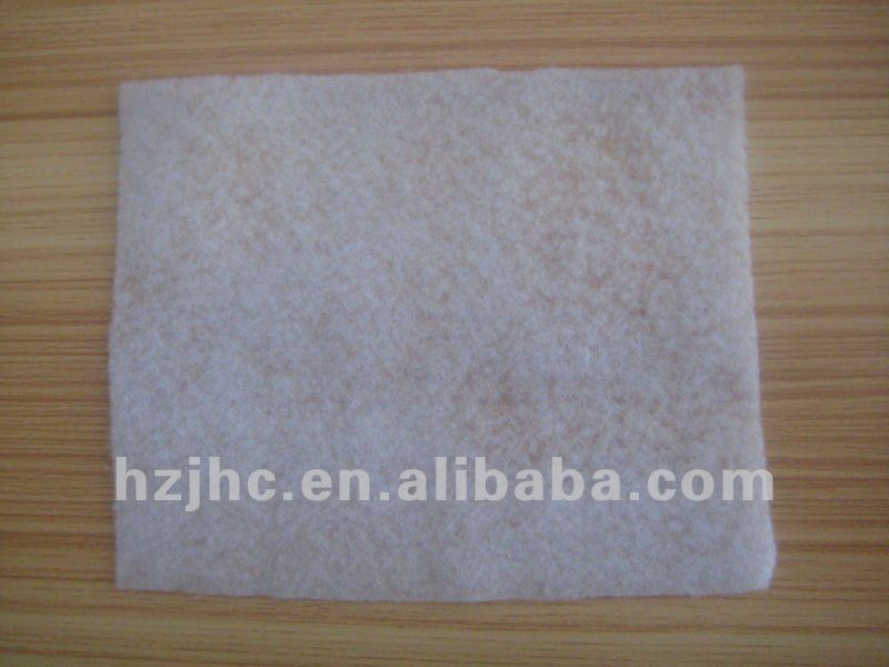 Polyester nonwoven fabric for shoulder pads