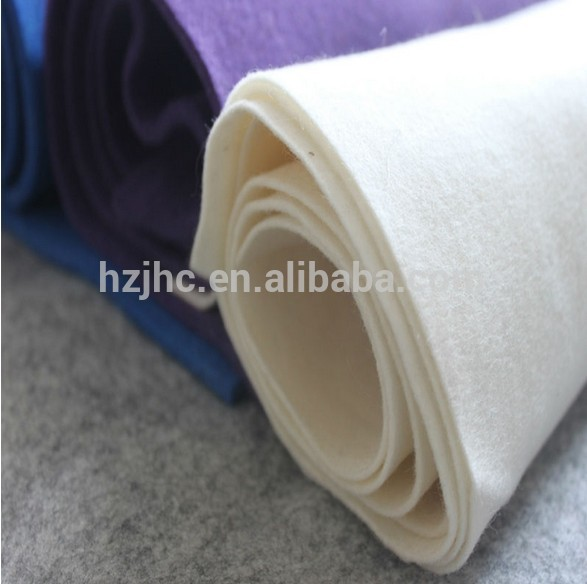 Self adhesive polyester non dirajut jarum felt kain digunakake bantalan Furnitur